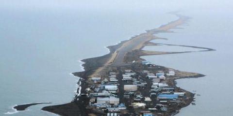 Το νησί που το «τρώει» ο ωκεανός
