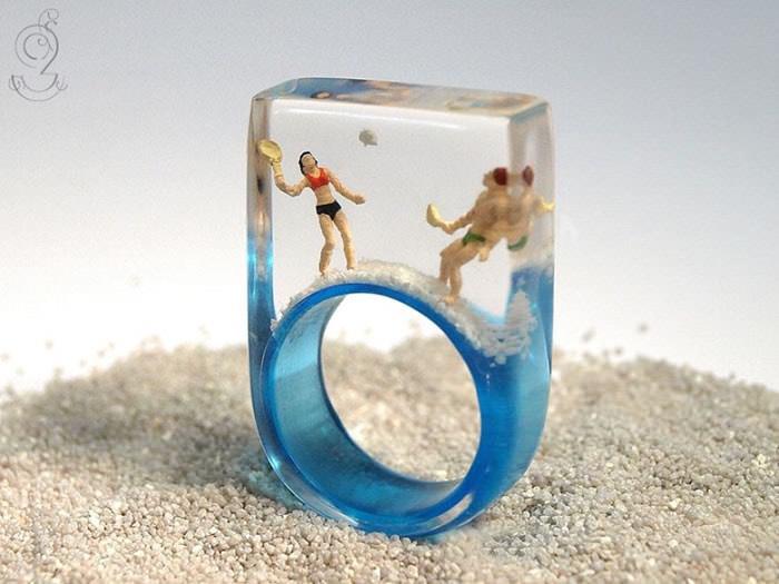 δαχτυλίδια με μινιατούρες