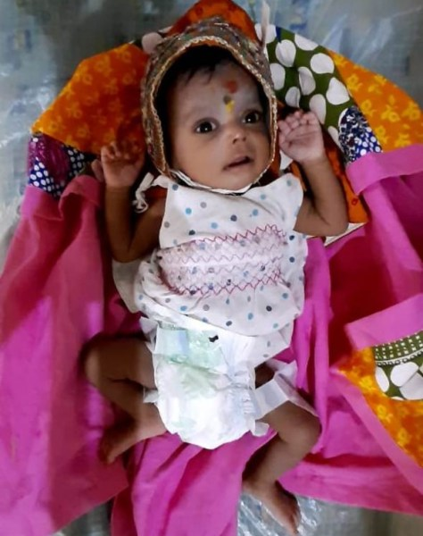 2 month old girl child abandoned at Station