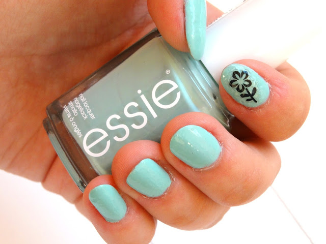 39517 dsc07679252812529 - ESSIE | Mint candy apple