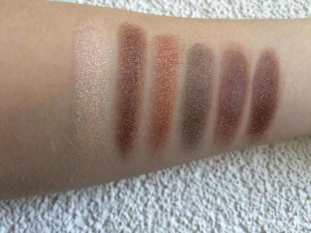 632ee img 1002 - I Heart Makeup Naked Chocolate Eyeshadow Palette