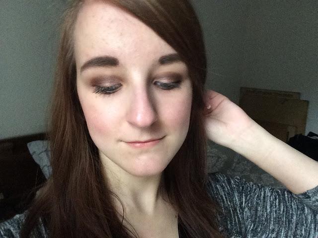 7c051 img 1144 - I Heart Makeup Naked Chocolate Eyeshadow Palette