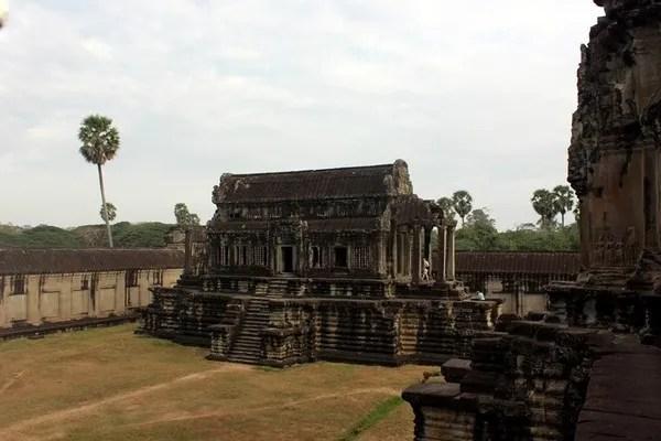 путешествие по ангкор вату