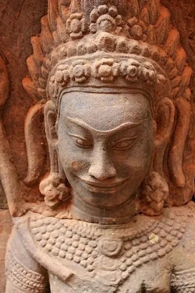 релиния в камбодже