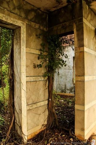 заброшенные виллы в Кампоте