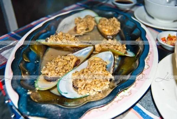 морепродукты с соусом в камбодже