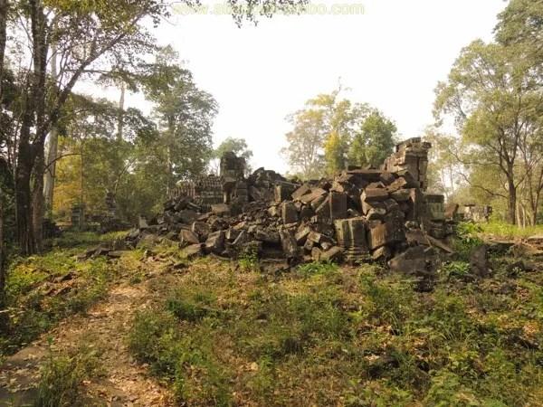 нетуристический храм ангкора