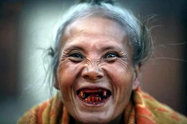 старики в Камбодже