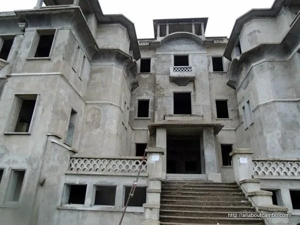 дворец-казино на Бокоре