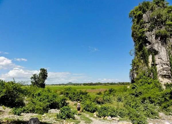 посмотреть в Камбодже