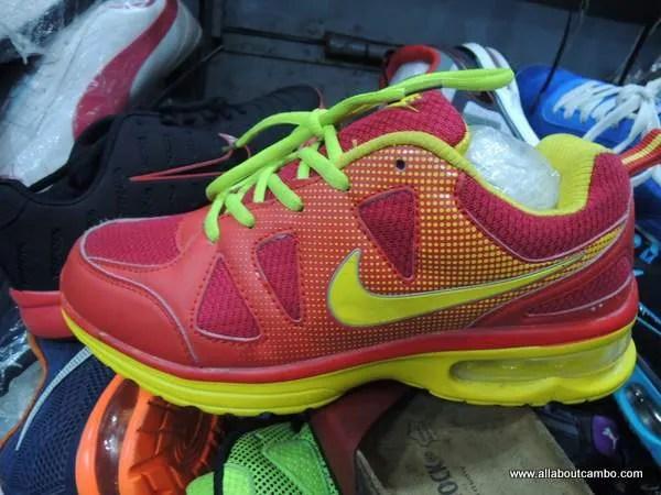 продажа Nike оптом