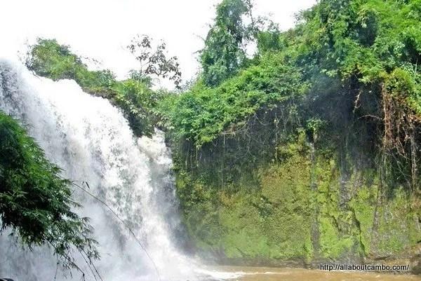 07-водопады-в-камбодже