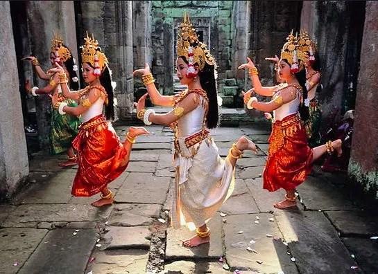 танцы в камбодже