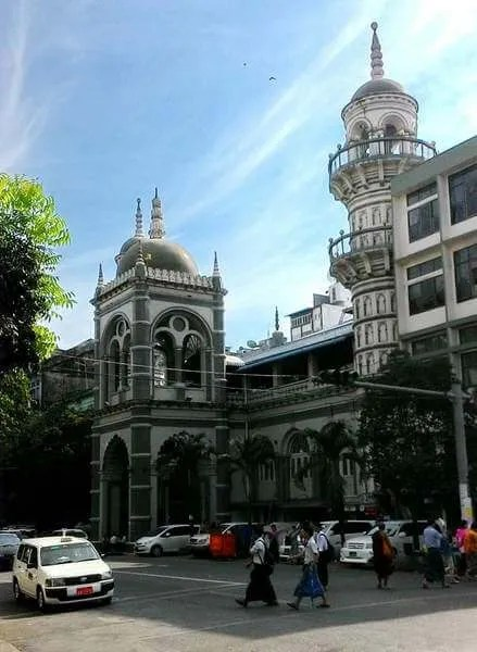 современный Янгон