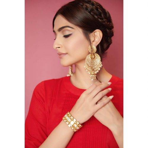 hairstyles for ethnic wear