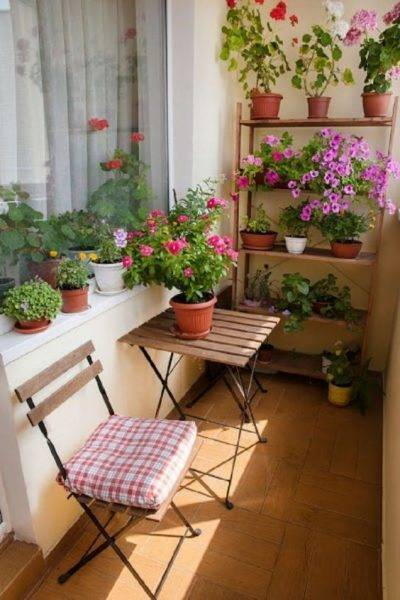 Small Balcony Decoration Images 1