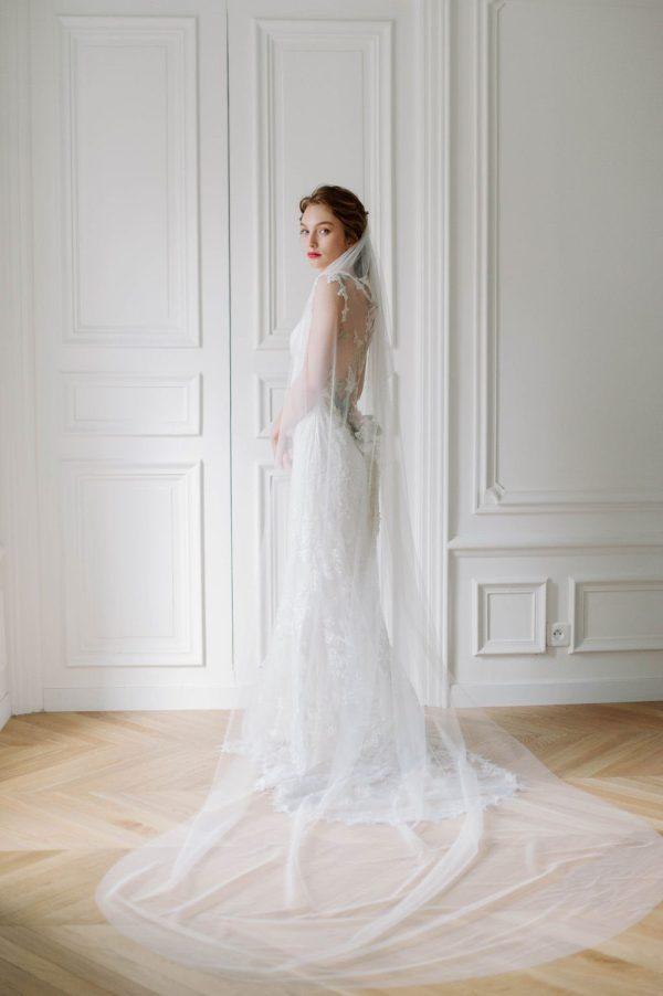 cathedral veil, long wedding veil