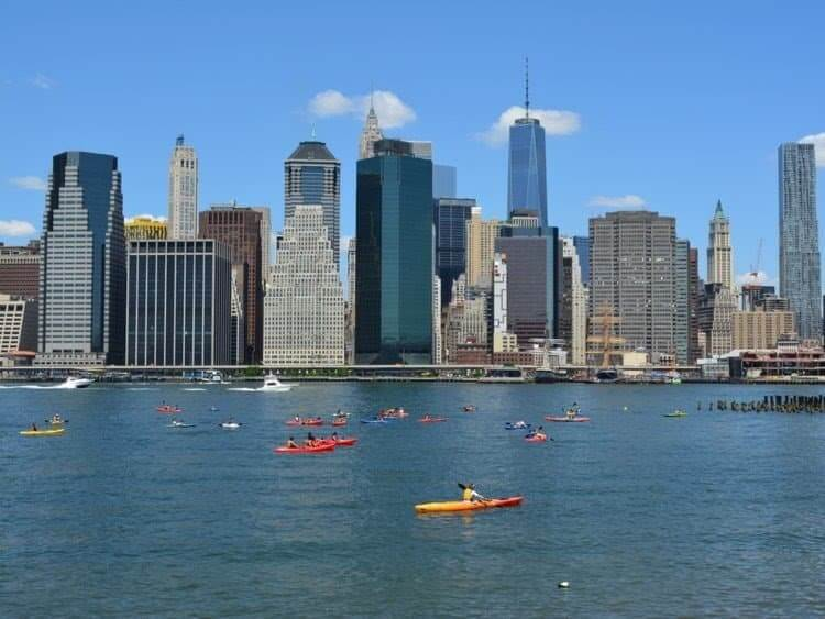 A fun free Summer activity in NYC is kayaking in the Hudson River. Read more on www.allaboutrosalilla.com