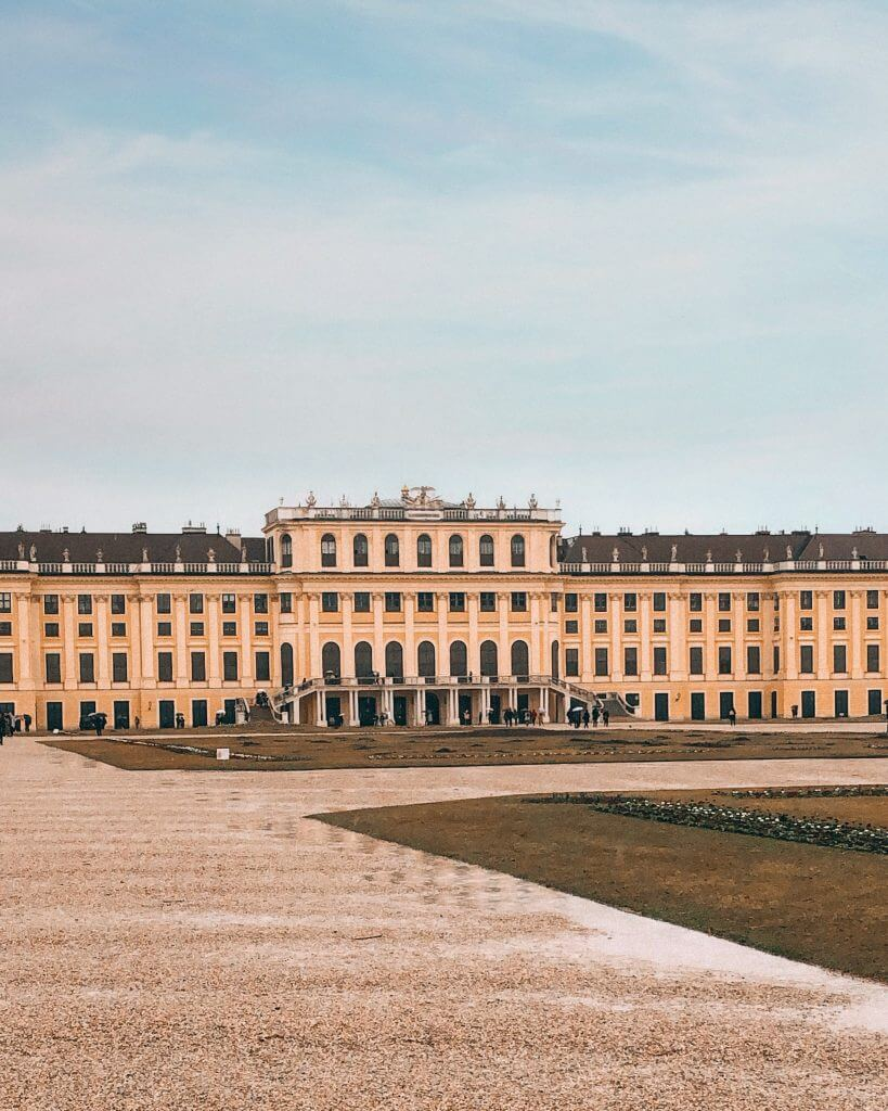 One of the best things to do in Vienna is visit  Schönbrunn Palace. Read more on www.allaboutrosalilla.com