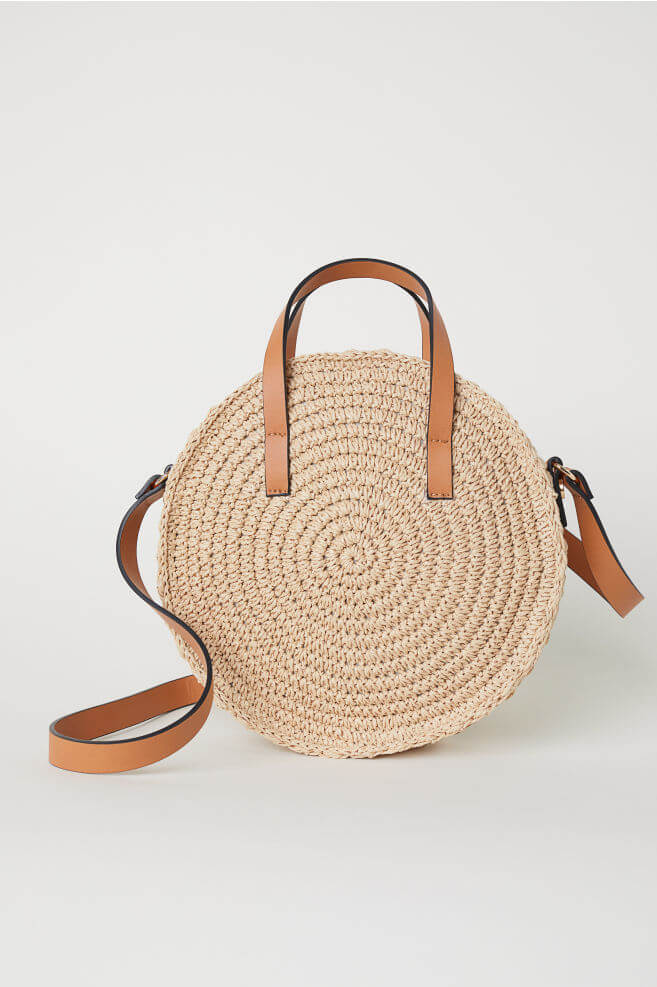 What to pack for the Cotswolds. Read more on www.allaboutrosalilla.com
