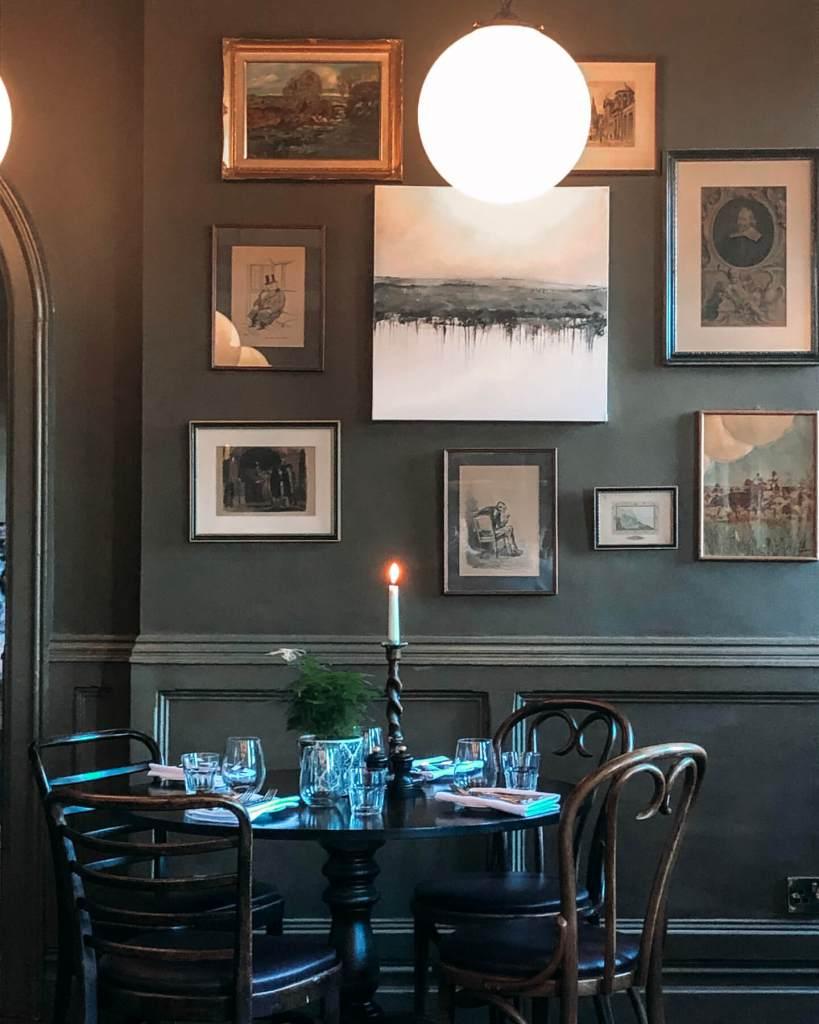 Romantic setting of Koffmann & White's at Abbey Hotel Bath. Read more on www.allaboutrosalilla.com