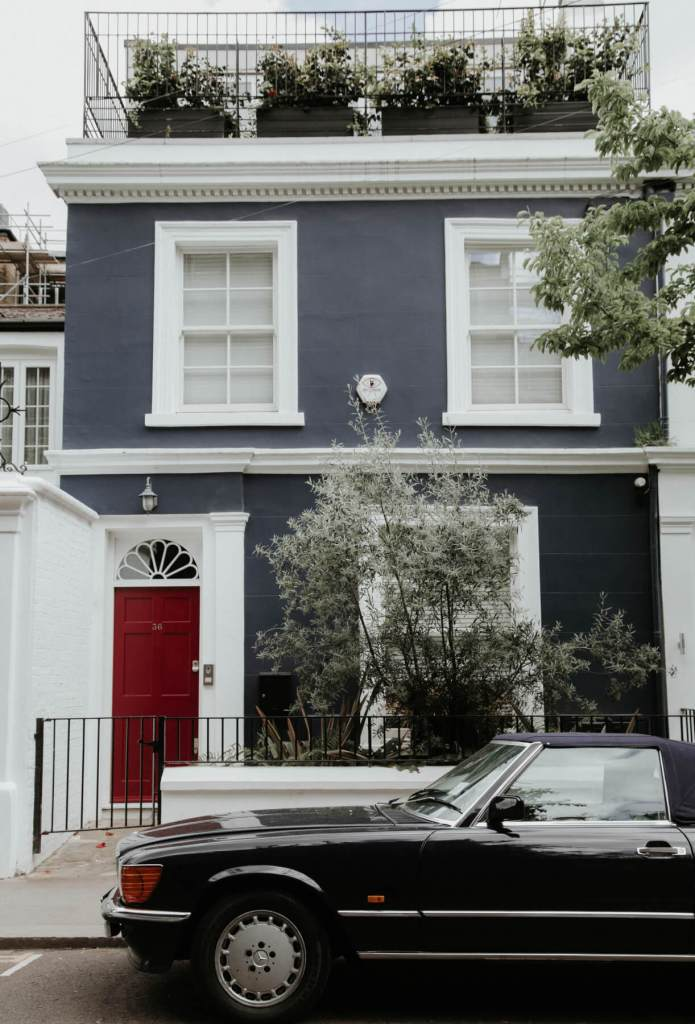 The beautiful Notting Hill houses.