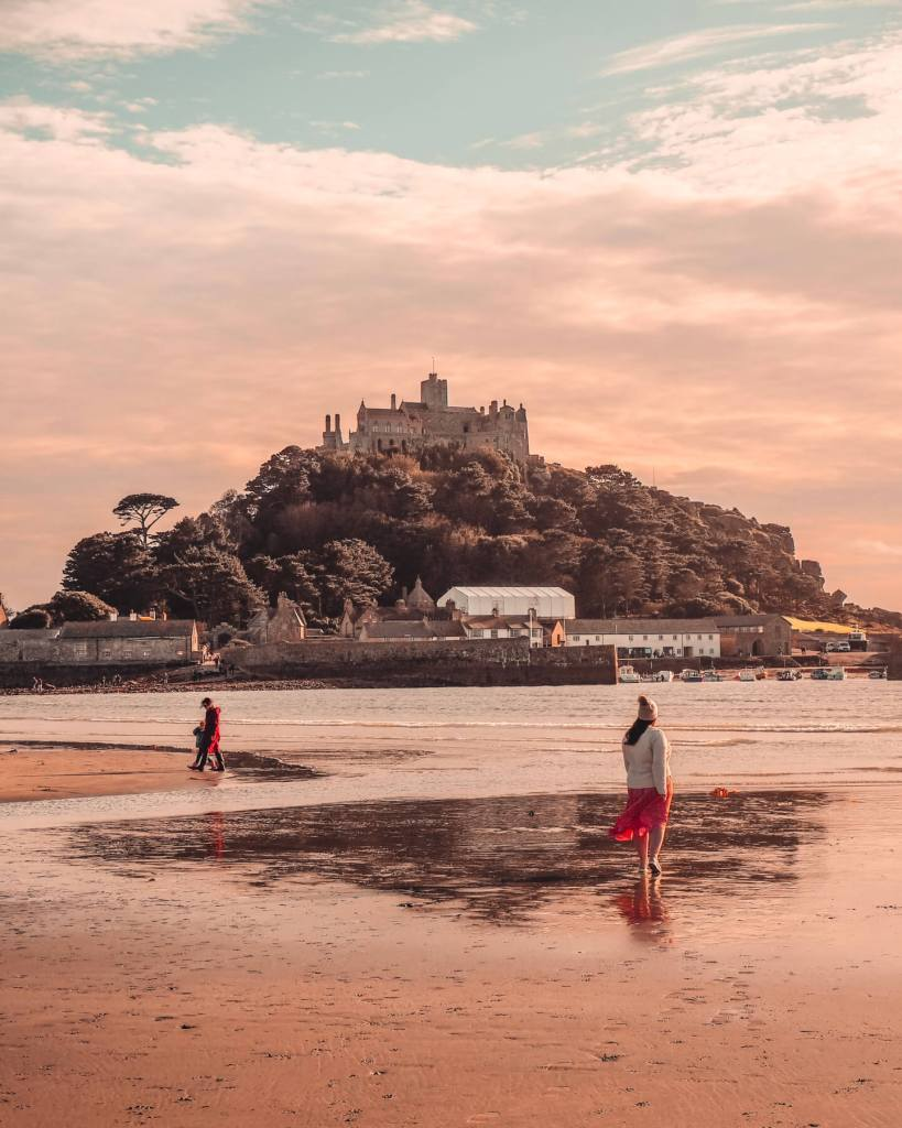 St. Michael's Mount in Cornwall. Read more on www.allaboutrosalilla.com