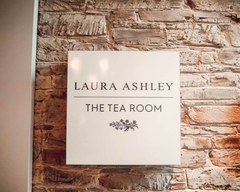 Laura Ashley, The Tea Room. Read more on www.allaboutrosalilla.com