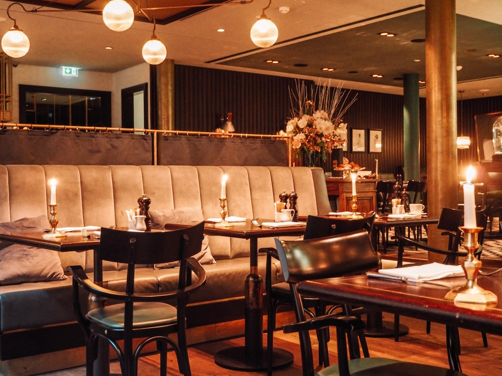 Restaurant in the Tortue Hotel Hamburg Germany perfect for a weekend getaway