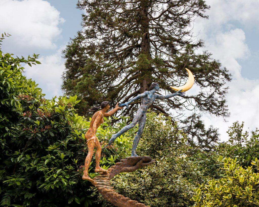 Sculpture by Giacinto Bosco called I promise you the moon