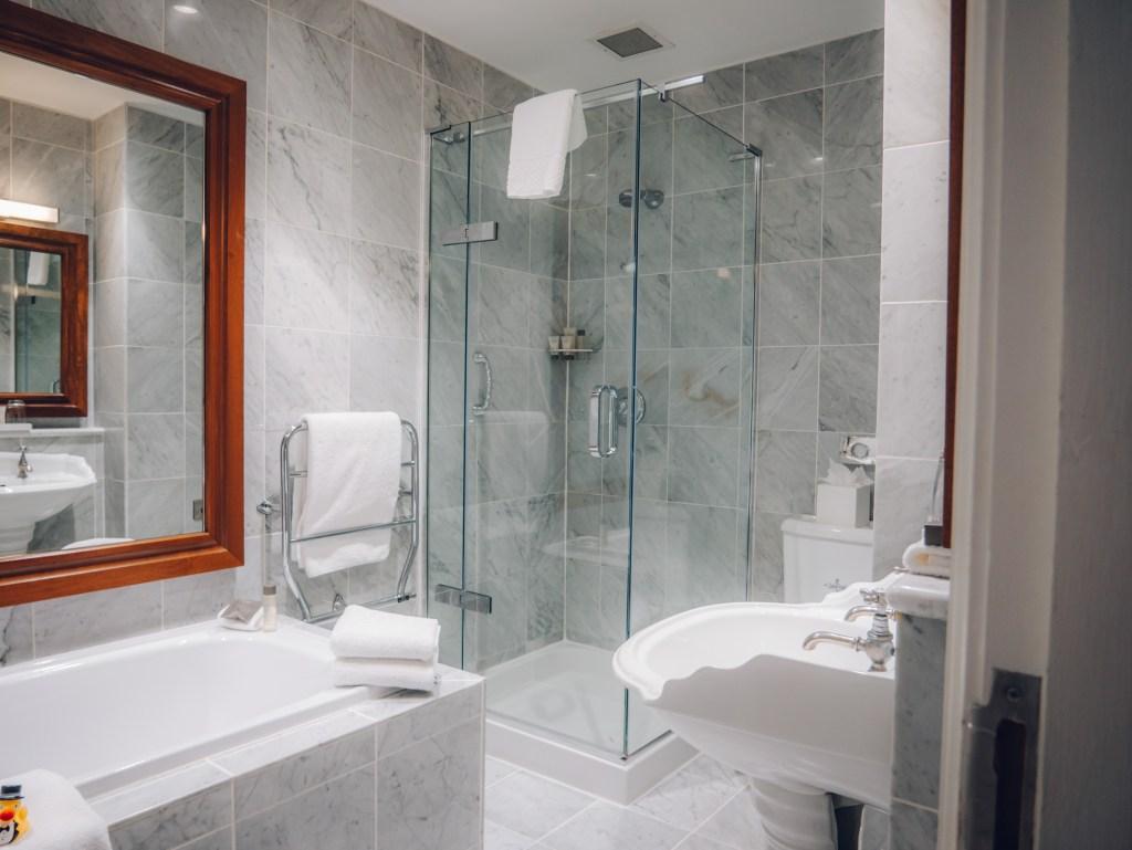 Culloden Estate bathroom