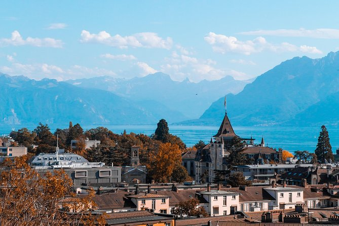 Photogenic Lausanne with a Local