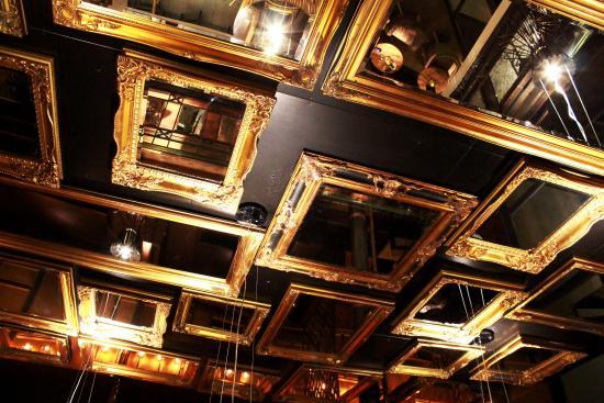 espelho no teto