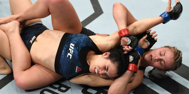 Paige Van Zant looking for rear naked choke
