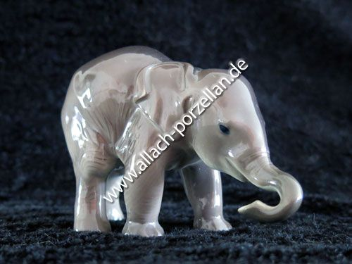 3 Elephant standing, painted
