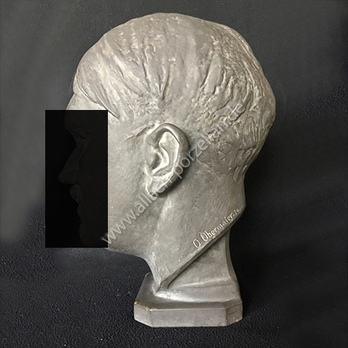 K8 AH bust - view from right