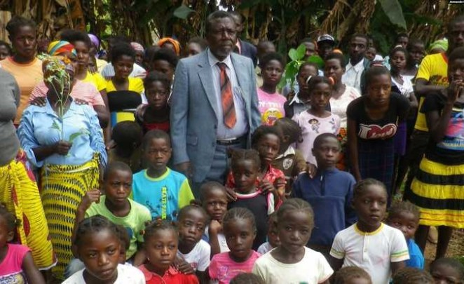 Angola: In Angola, Family Buries Polygamist 'Big Dad' - allAfrica.com
