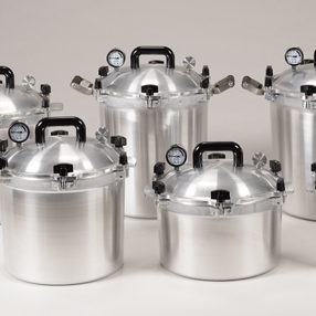Pressure Cookers/Canners