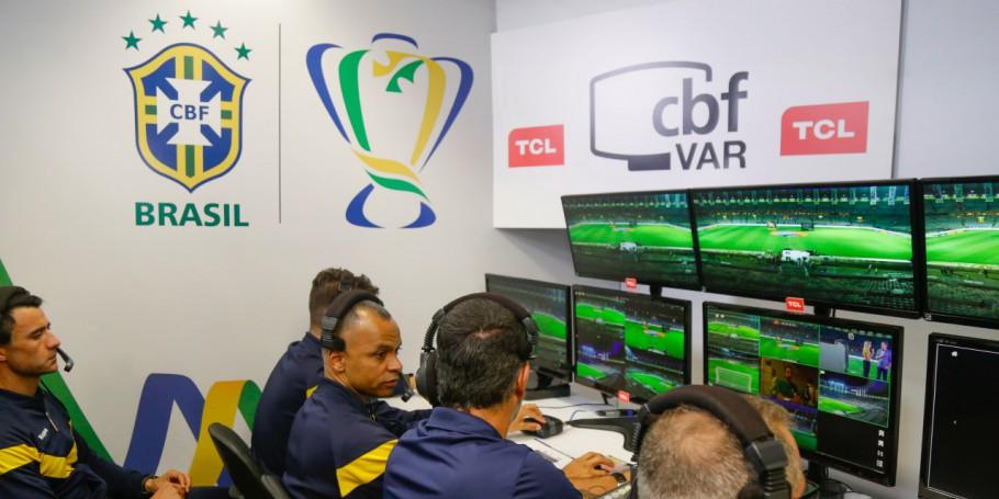 VAR entrará em ação nas oitavas de final da Copa do Brasil 2020 - Foto: Daniel Teobaldo/Staff Images