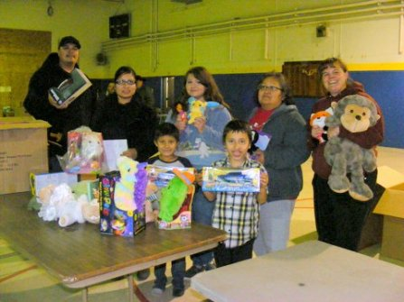 toys for tots--lots of kids