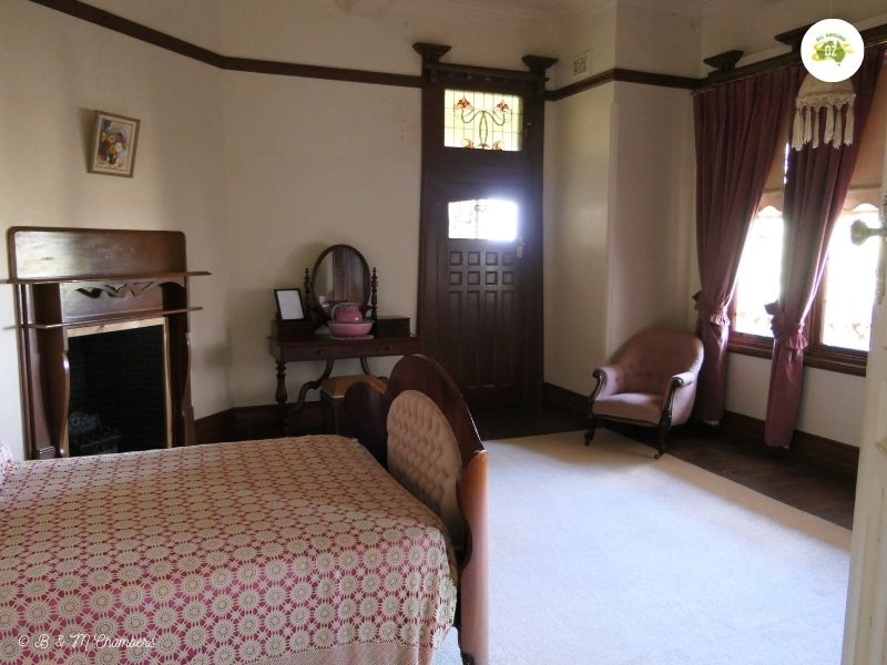 One of the many bedrooms in Iandra Castle