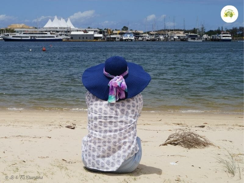 Sun Safety for Travellers - Broad Brimmed Hat