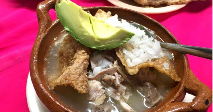 メキシコの名物、ポソレスープ