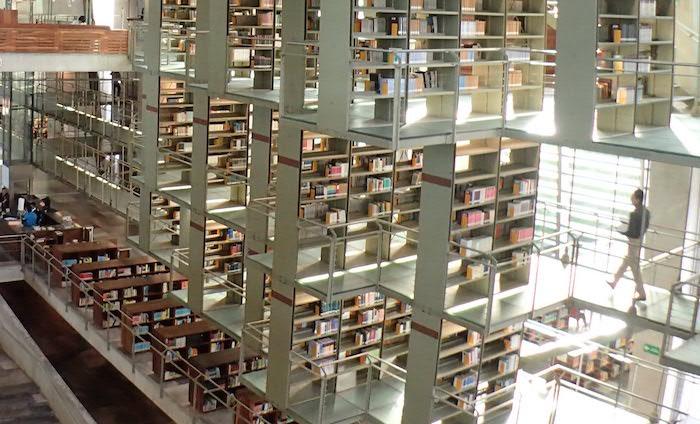 メキシコシティの空中図書館バスコンセロス