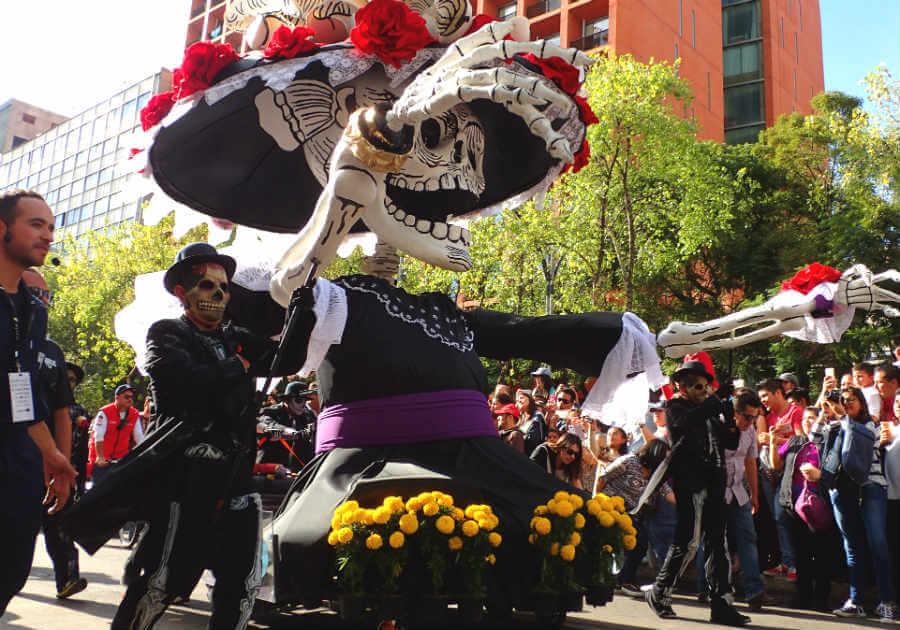 死者の日のパレード