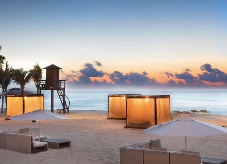 ルブランのビーチのカバナ (1)