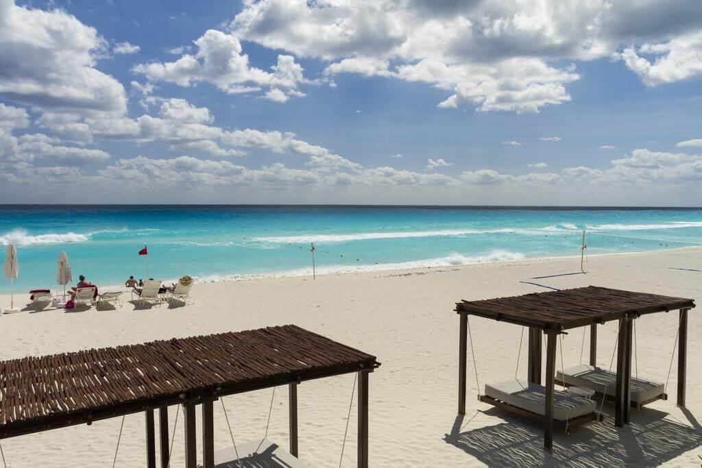 サンドス カンクン ライフスタイル リゾート (1)ビーチ