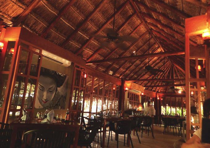 ライブアクアビーチリゾートカンクン アジア料理のレストラン