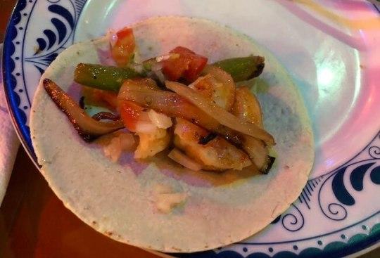 カンクンのメキシコ料理レストランMEXTREME11