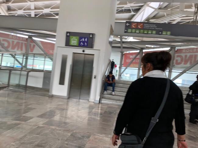 空港エアートレインの乗り方3